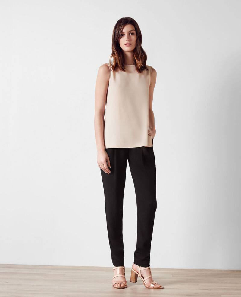 Loose trousers with asymmetric fastening Noir Baguette