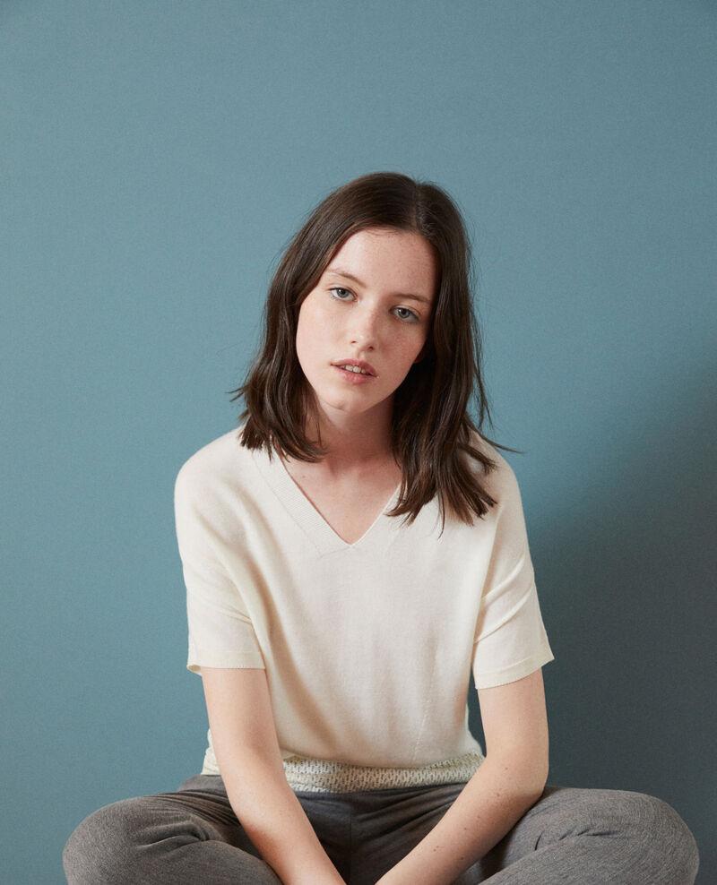 Zero-stitching short-sleeved knit OFF WHITE