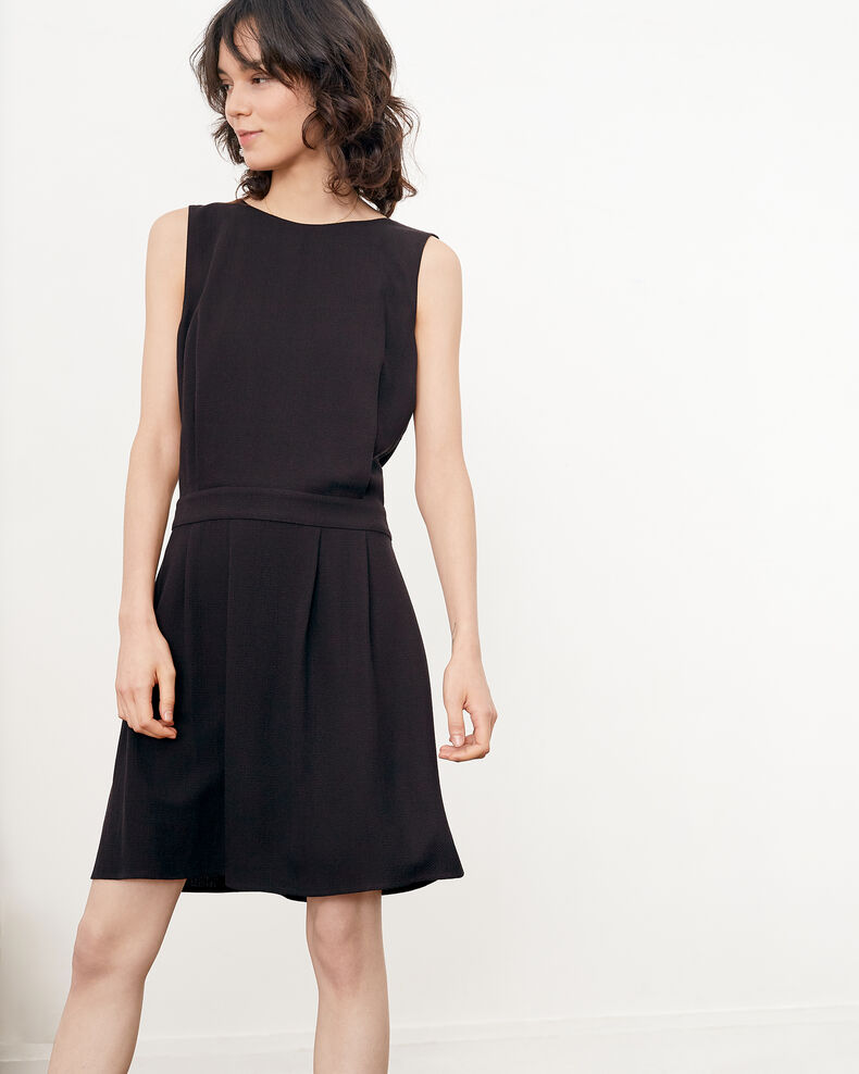 Dress with low-cut back NOIR
