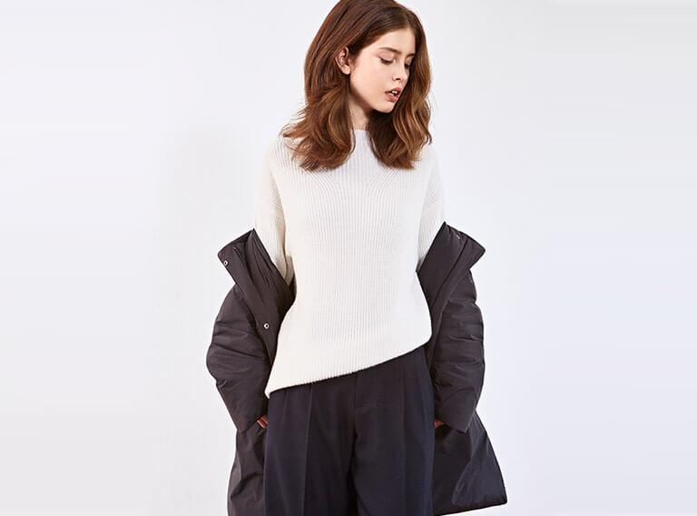 Look femme - Veste en tweed et pull en cachemire