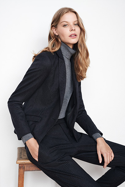 Woman look Jacket, ribbed turtleneck and pants