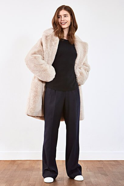Look - Cashmere jumper, Trousers, Leather trainers