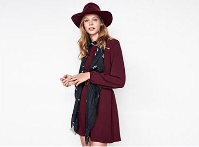 Women look - mini dress and wool hat