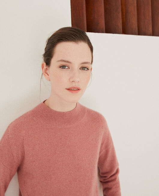 Cashmere jumper with high collar  OLD ROSE