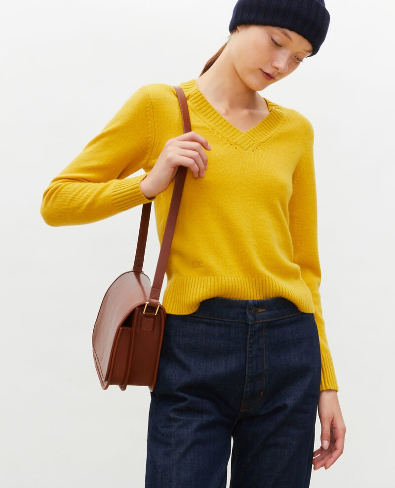 V-neck cashmere jumper Lemon curry Millac