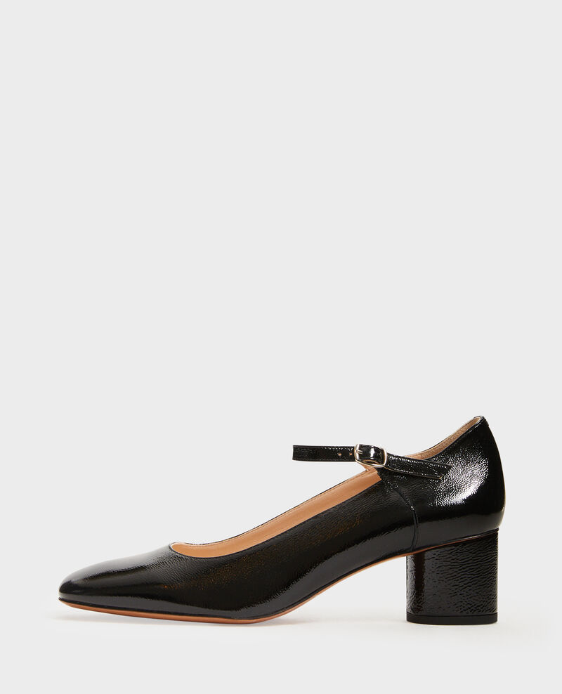Mary Janes in patent leather with a round heel  Black beauty Malal