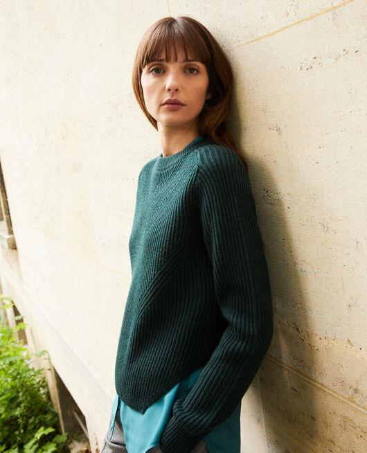 Jumper with inserts on the hem 100% Merino Wool SCARAB