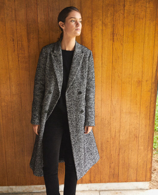 Timeless tailored coat Black