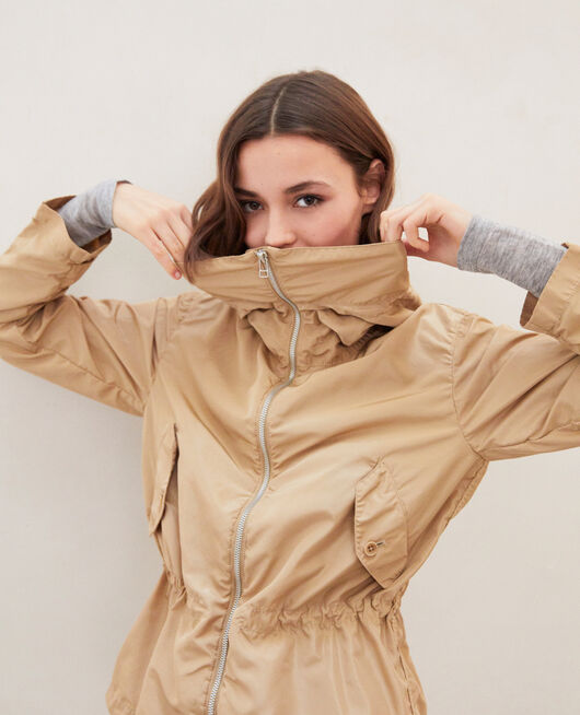 Short lightweight parka SAFARI BEIGE