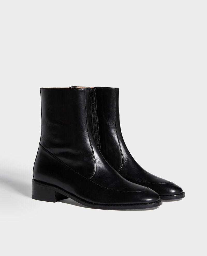 Fitted leather boots Black beauty Lamine