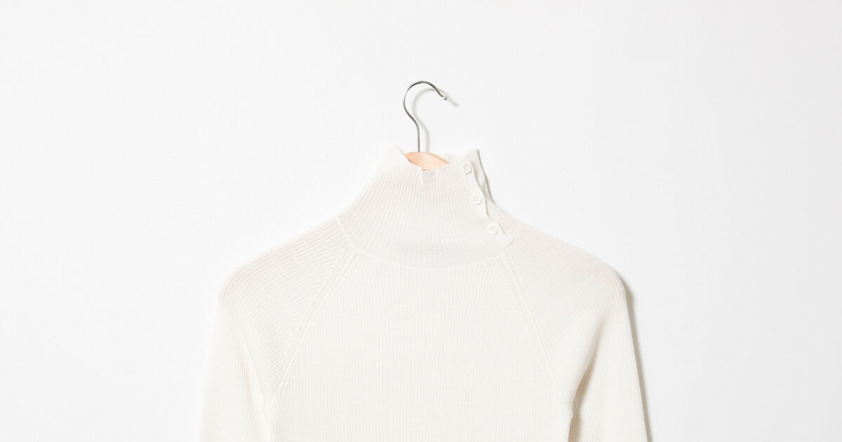 Jumper with buttons on the collar 100% Merino Wool Off
