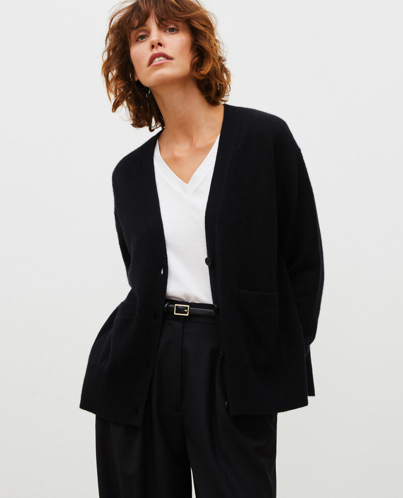 V-neck cashmere cardigan with side splits Black beauty Moleano