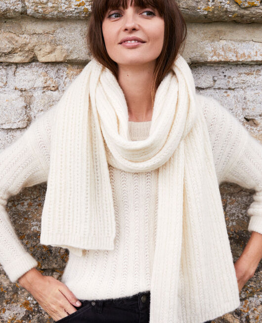 Knitted scarf OFF WHITE