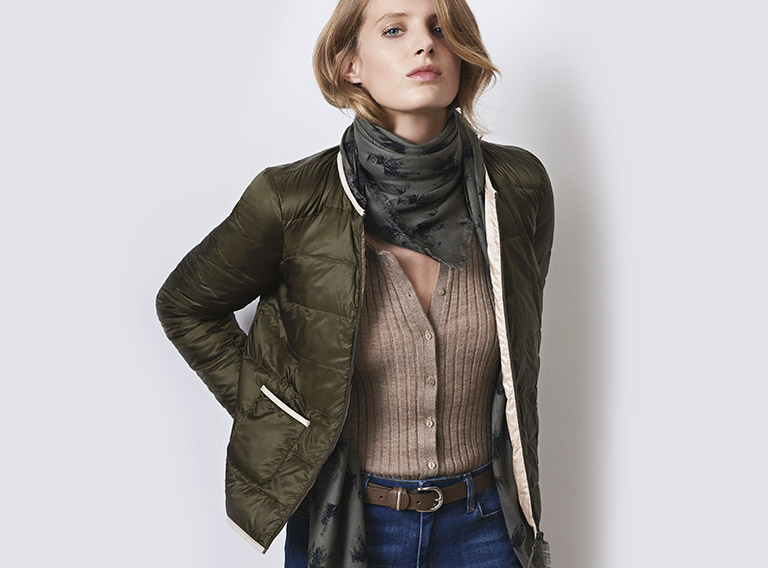 Women look - Mademoiselle Plume down jacket and slim jeans