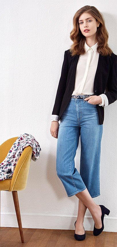 Look - Blazer, jeans and suede pumps