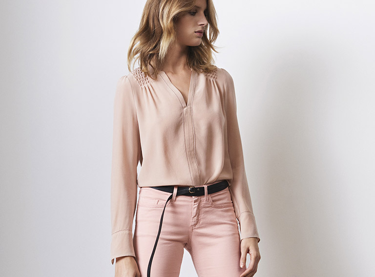 Women look -  Silk blouse and straight jeans