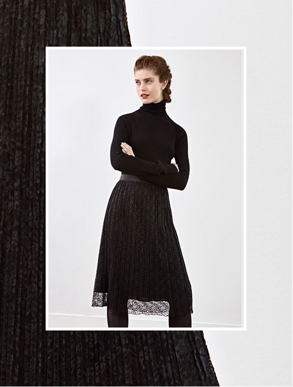 Look  - Merinojumper and Lace skirt