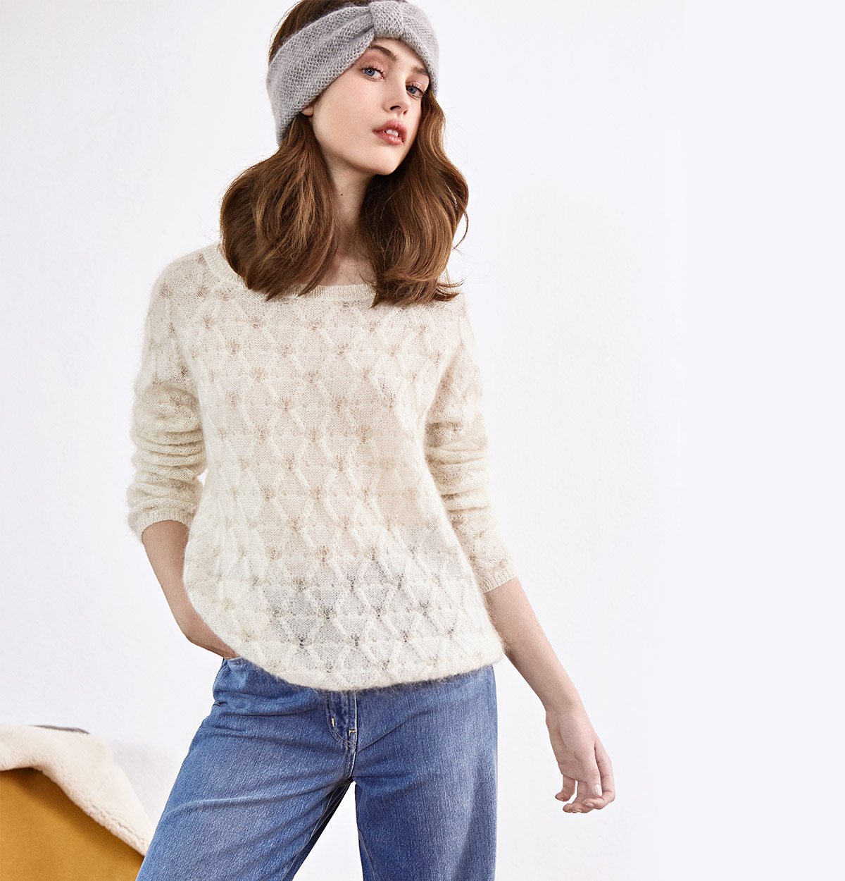 Look - Wide cropped jeans, Mohair headband