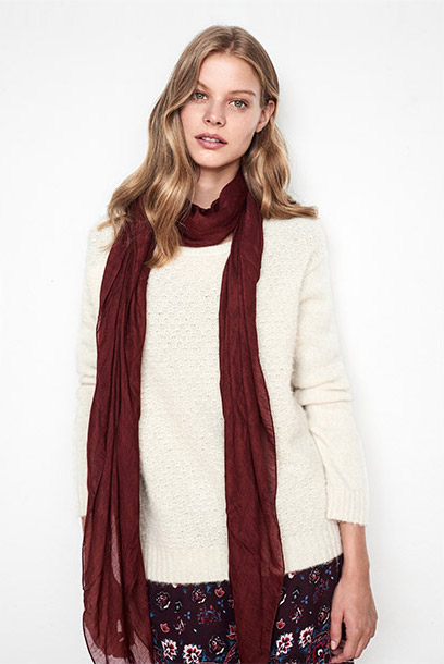 Women look boho dress and alpaca jumper