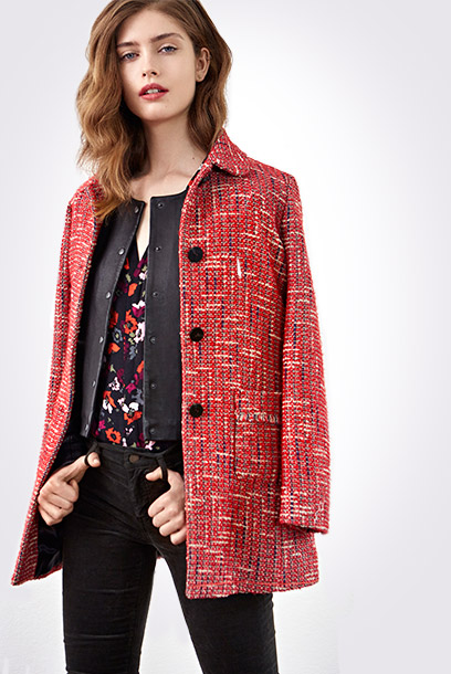 Look - Tweed coat, leather jacket and printed blouse